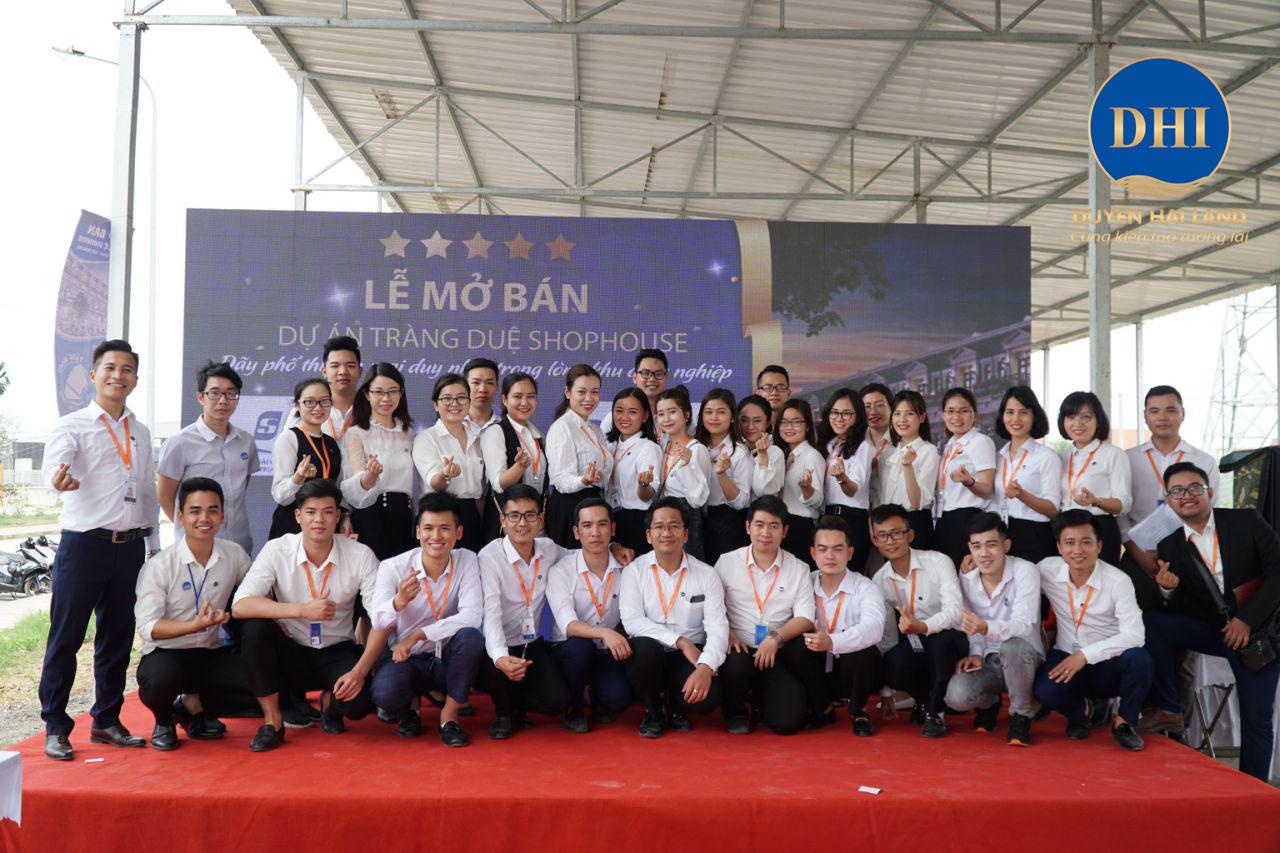 Tập thể công ty Duyên Hải Land