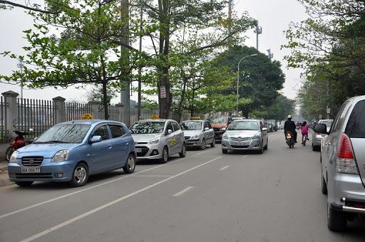 Đậu xe bên lề đường - Duyên Hải LAND